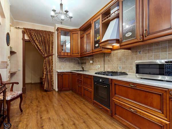 Угловая кухня из дуба Артур