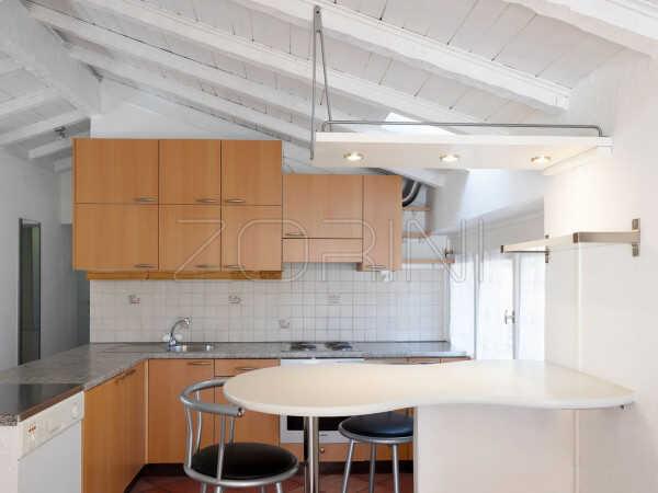 Угловая кухня из массива Антик
