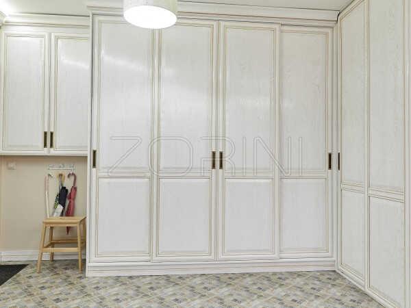 Элитный шкаф из массива Евпатория