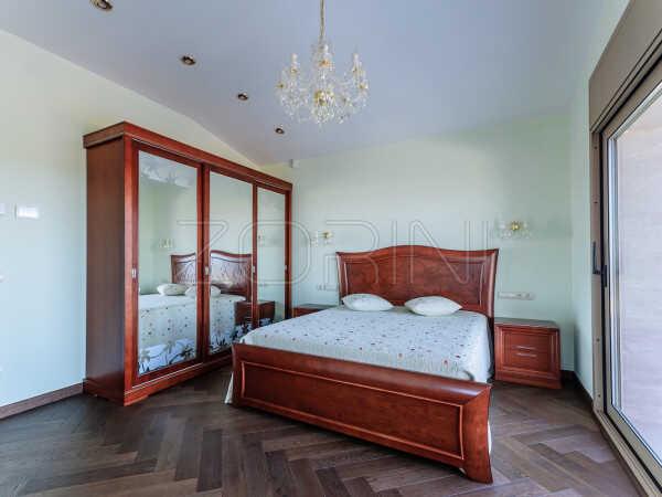 Элитный шкаф в спальню Гиза