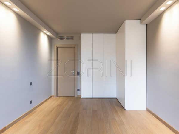 Распашной шкаф Обань