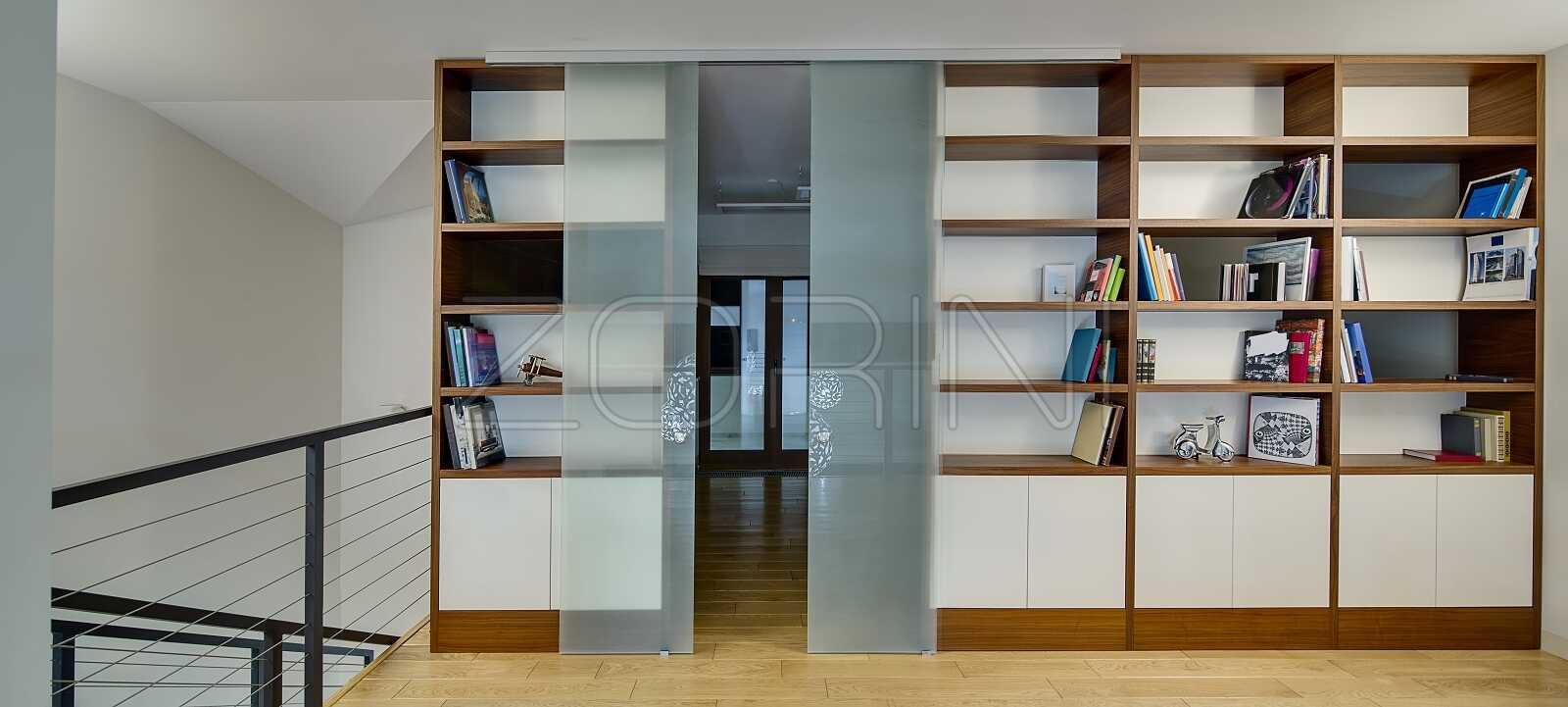 Книжные шкафы из массива Августин - фото
