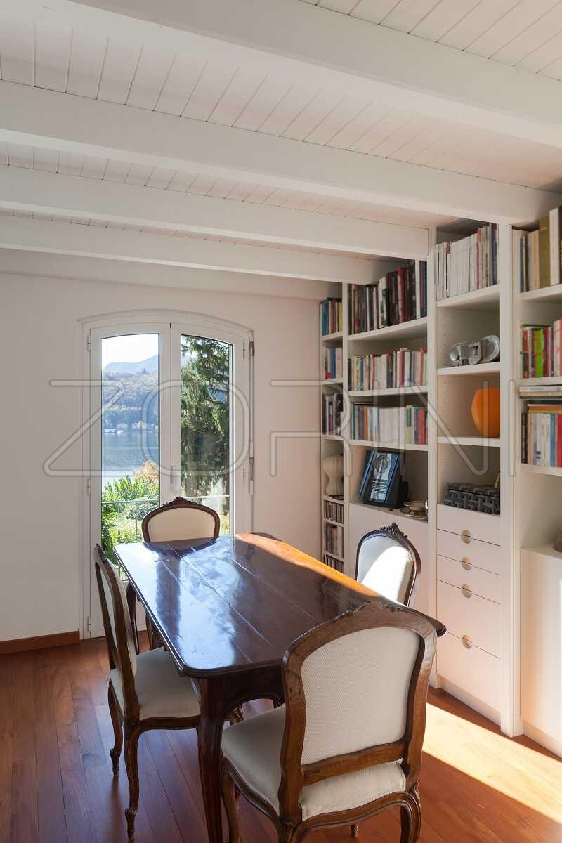Белые книжные шкафы Вулкан - фото