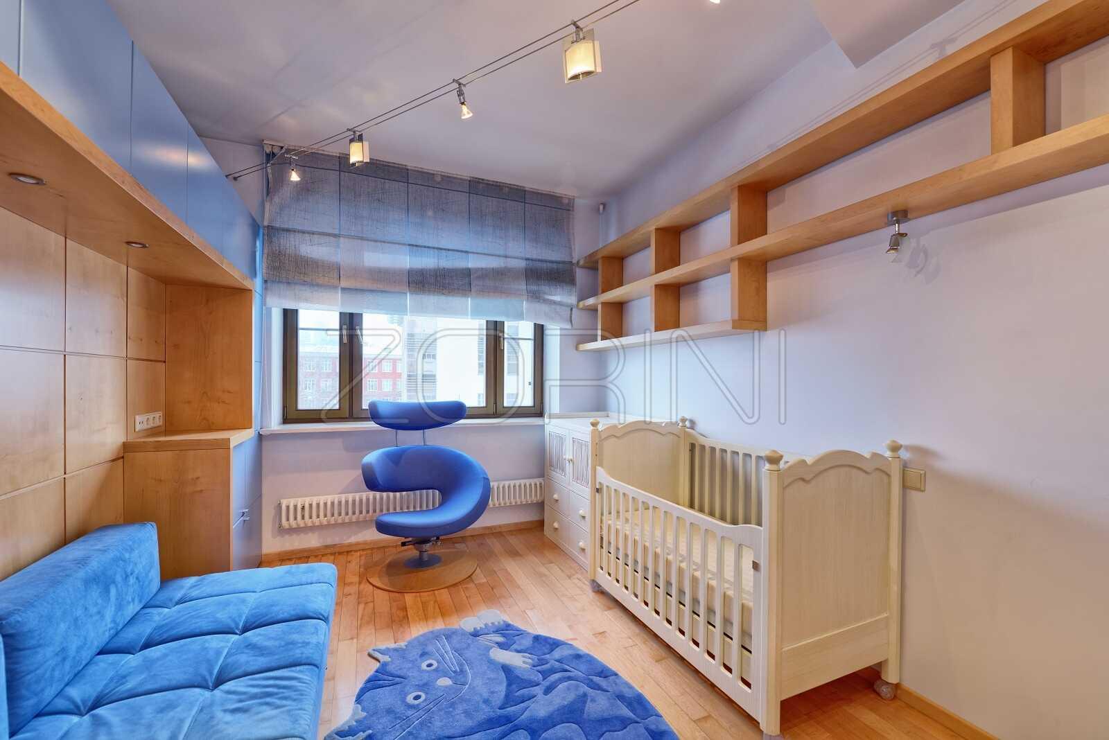 Шкафы из бука в детскую Облака - фото