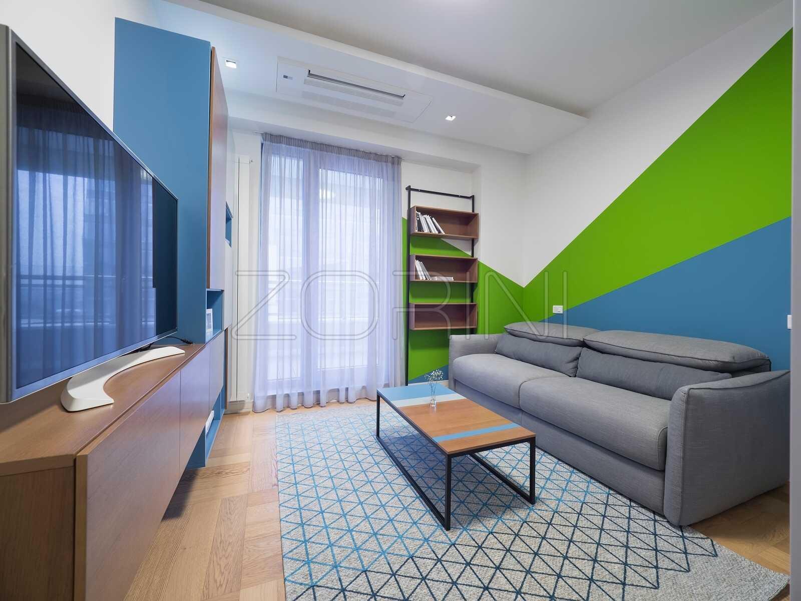Мебель в детскую комнату из массива - фото