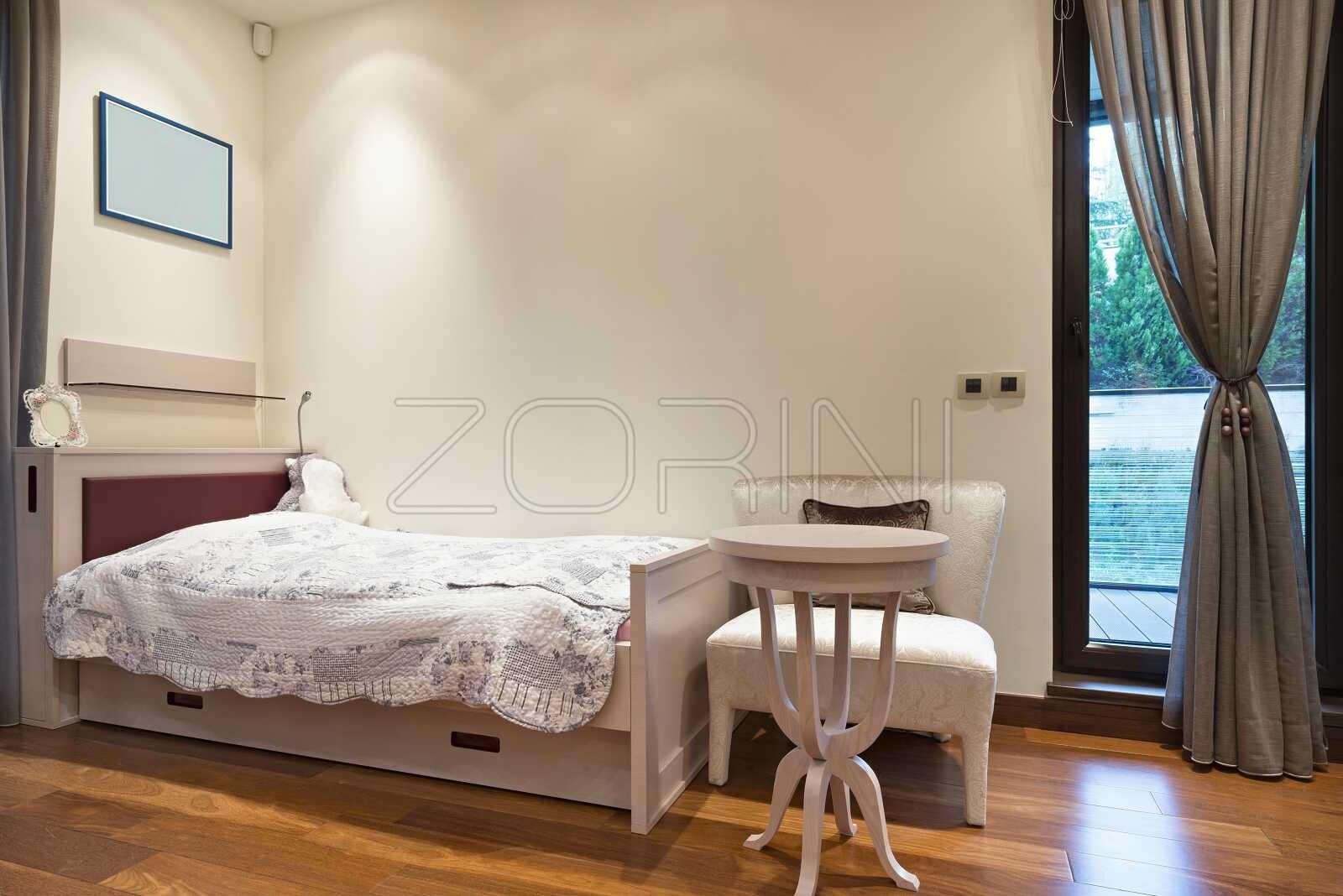 Корпусная кровать в детскую Виго - фото