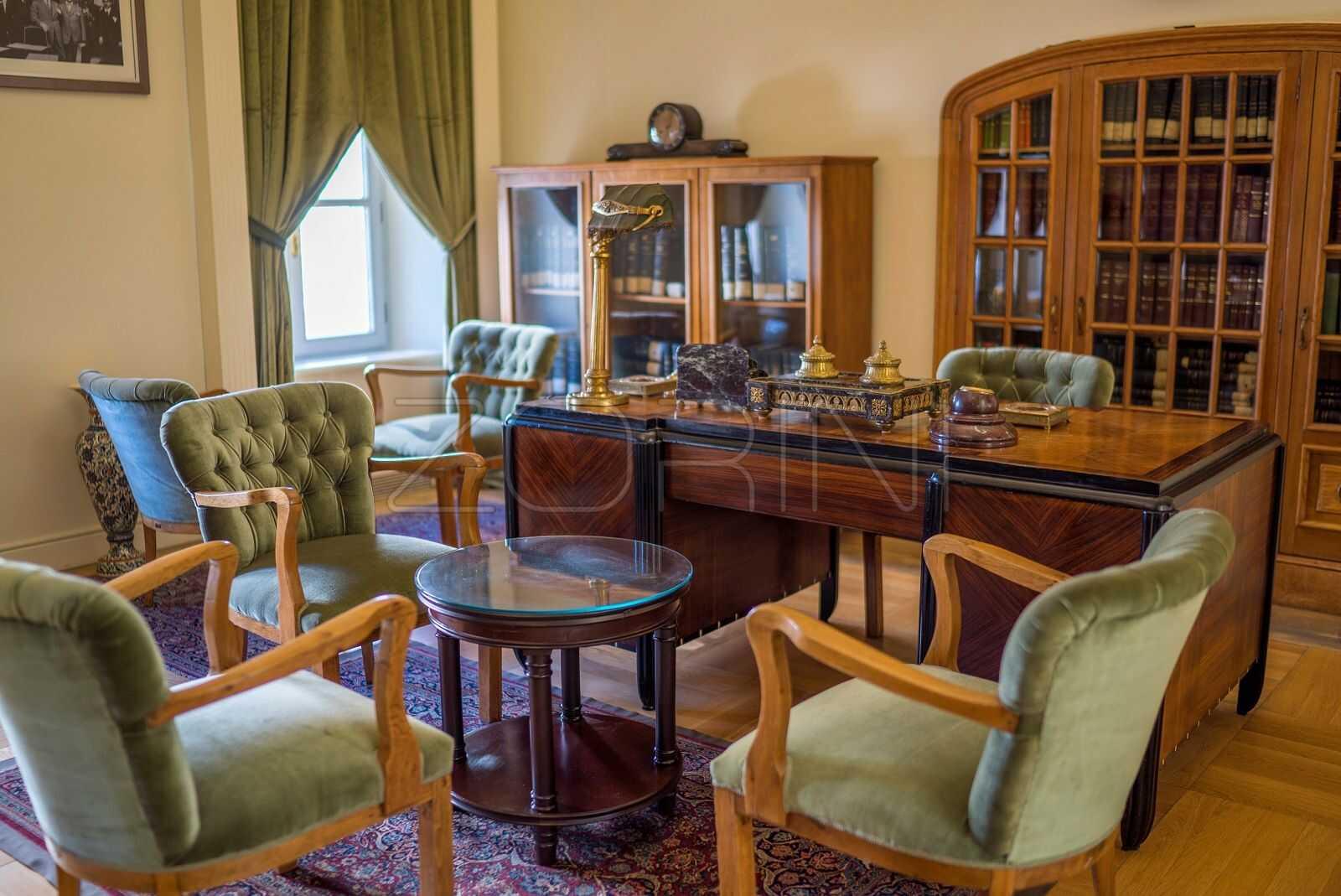 Мебель для кабинета из красного дерева Полинезия - фото