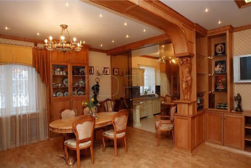 Гостиная Карвина в классическом стиле   - фото